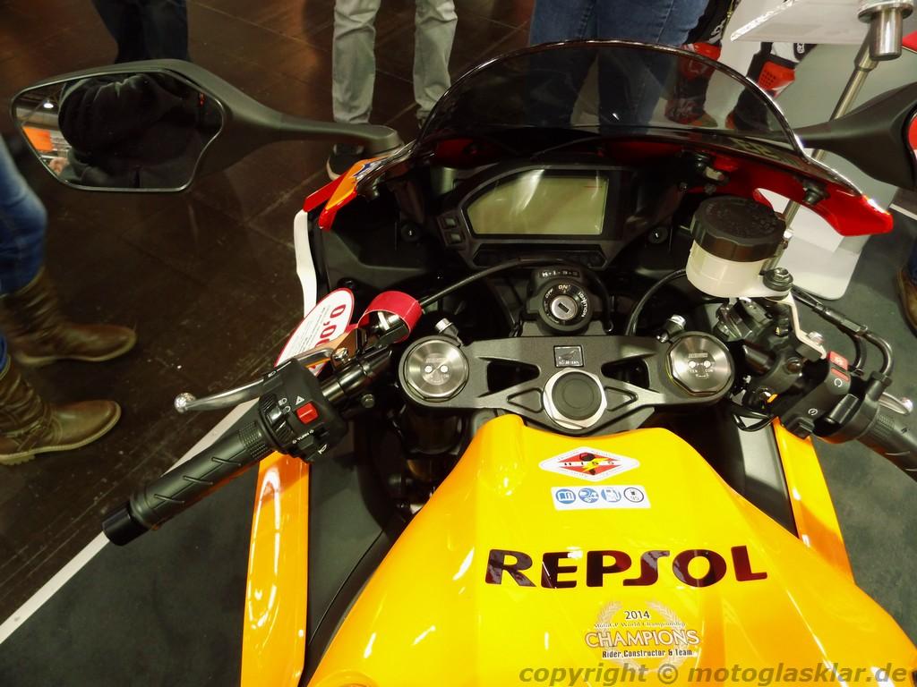 Honda CBR 1000 RR Fireblade Cockpit Z OO M
